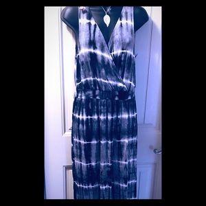 Dresses & Skirts - Tie-dye maxi dress